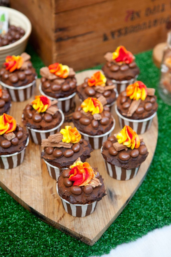 Fire Pit Cupcakes #cupcakes #chocolate #camping #firepit