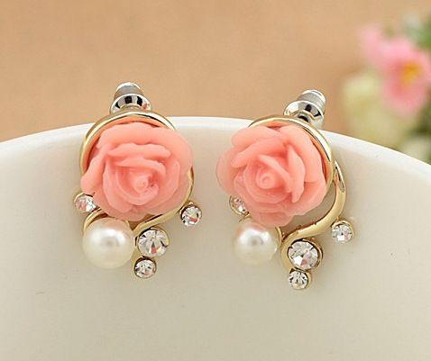 2017 koreanischen Modeschmuck Trieben Ohrringe Neuen Stil Koreanische Frauen Ol Rosa Rose Imitation Perle Kristall Ohrringe Großhandel