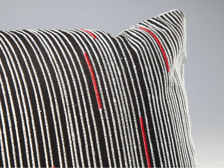 Poduszki Lines — Poduszki — KARE® Design