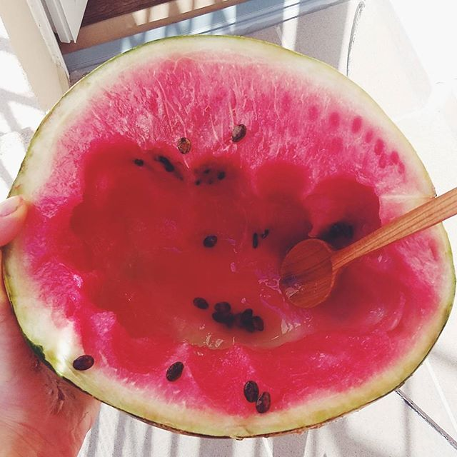 Najlepszy posiłek lata! #after #running #14km #summer #watermelon #fullyraw #vegan #breakfast #vegansofig #veganfoodshare #happy #newday #beautiful #positive #lato #bieganie #weganizm