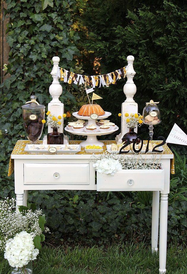 graduation dessert table: Grad Parties, Graduation Theme Parties, Success Graduation, Parties Ideas, Parties Tables, Parties Desserts, Graduation Desserts, Desserts Tables, Graduation Parties