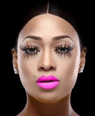 Hot pink lipstick!! #Trina for @Kaoir_Cosmetics