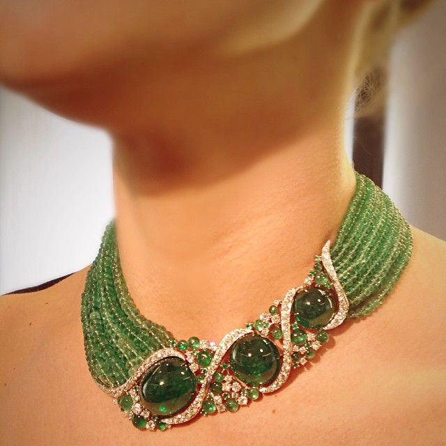 """213 Likes, 16 Comments - Scavia (@scavia_official) on Instagram: """"#scavia #jewel #jewelry #new #necklace #amazing #white #gold #emeralds #cabochon #beads #brilliants…"""""""