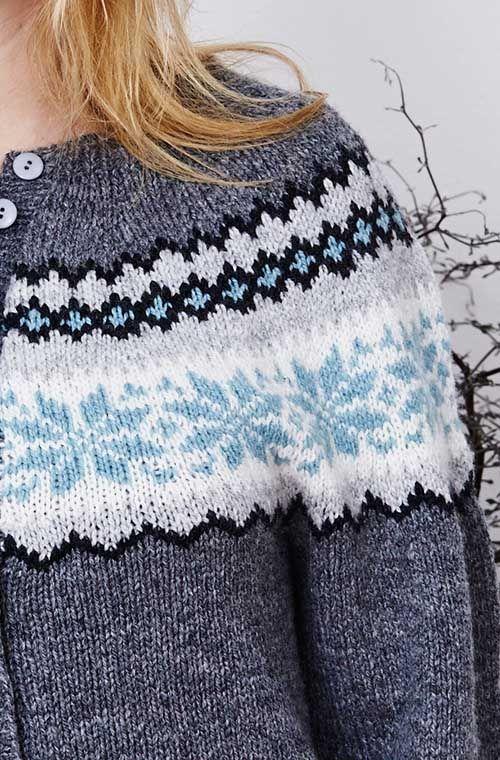Bjørg Norsk Kofte - strikkeopskrift på norsk cardigan. Design Pernille Cordes, Englegarn. Norwegian Cardigan knitting pattern.