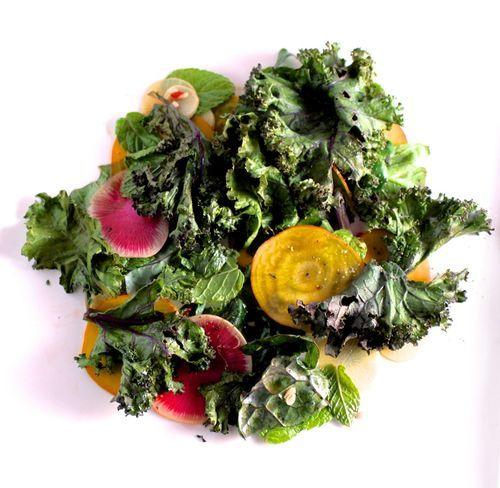 Crispy kale salad with lime dressing.: Tasting Salad, Limes Dresses, Kale Salads, Veggies Recipe, Bitten Words, Crispy Kale, Salad Dresses, Dresses Recipe, Dinners Entr