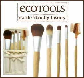 Cruelty free EcoTools Beauty and Travel Sets available at Internatural.  http://www.internatural.com/scat.php?link=ECOTOOLS=104Q_id=10433