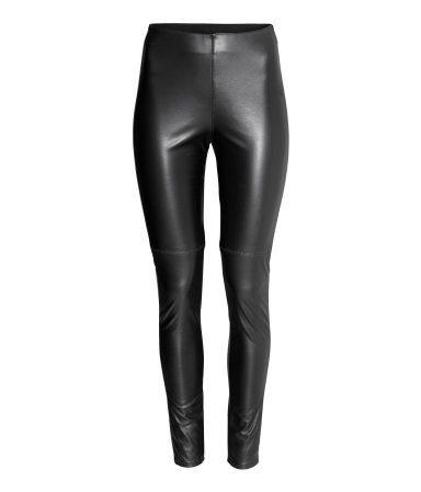 H&M Imitation leather trousers. For those who need a winter wardrobe update. Very affordable and looks great!
