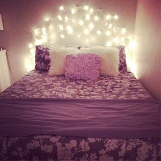 Morgan Tay  DIY Faux Icicle Light Headboard. 1000  ideas about Icicle Lights Bedroom on Pinterest   White