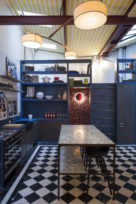 AL DENTE PARIS office kitchen - painted stripes and marble tiles - by chloe negre