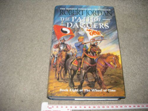 The-Path-of-Daggers-Book-Eight-of-The-Wheel-of-Time-by-Robert-Jordan-Hardback