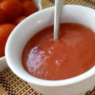 Fotografie receptu: Jednoduchý rajčatový protlak