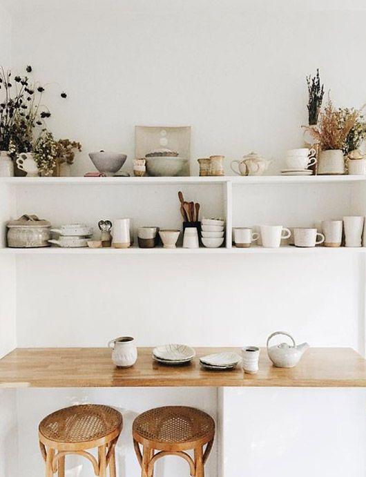 Fin køkkenhylde