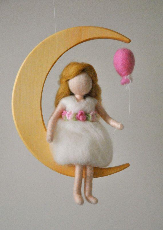 Fieltro móvil de habitación decoración Waldorf aguja por MagicWool