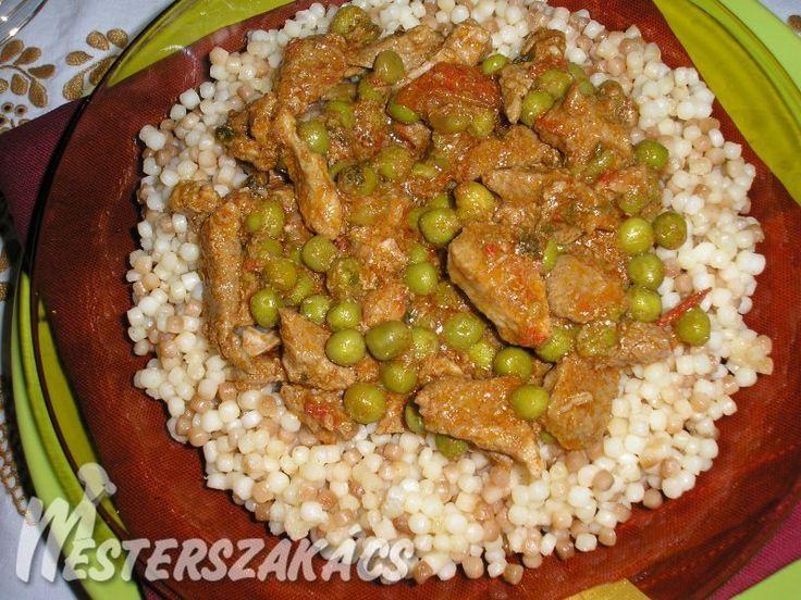 Zöldborsós sertésragu, tarhonyával recept