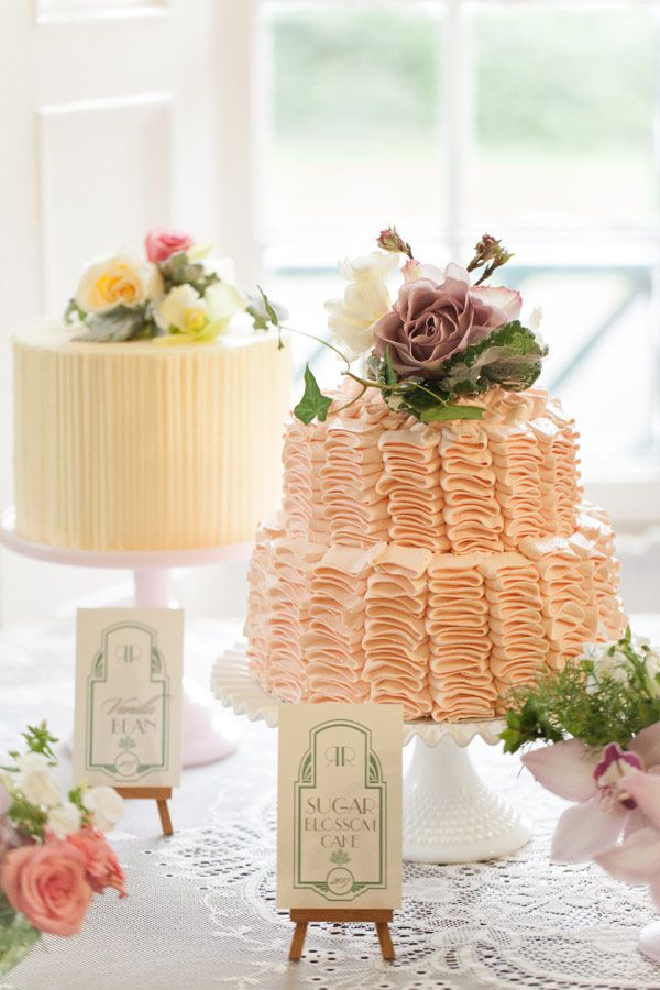 Love this cake table!