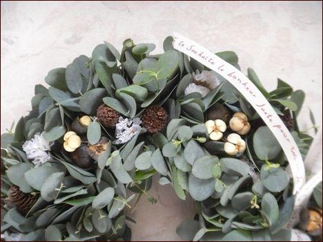 庭の植物でリースを作る <ユーカリのリース2013> - 座敷わらし犬とうさぎガーデン