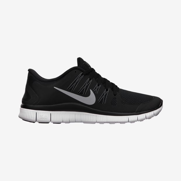 MINIMAL + CLASSIC: Nike Free 5.0