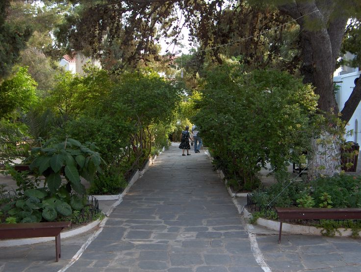 The gardens of Myrtidia, Kythera