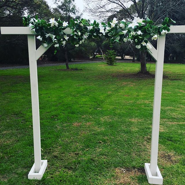 White Arch with Floral $100 2m high and wide . . . . . . . . . . . . . . . . #adelaidehire #adelaideweddings #adelaiderentals #adelaidewedding #weddingstyle #adelaideweddinghire #hiresa #weddinghire