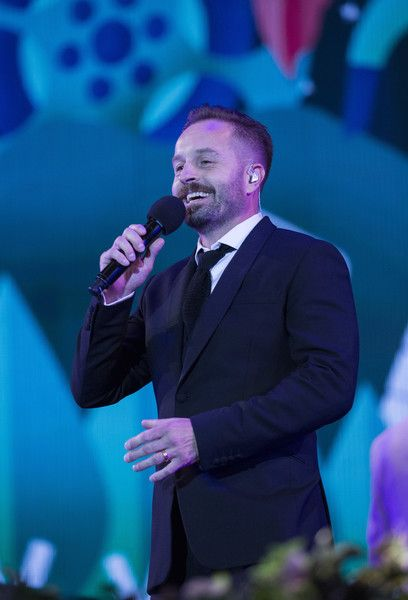 Alfie Boe performs during the BBC Proms In The Park at Hyde Park on September 10, 2016 in London, England. - BBC Proms in the Park - Hyde Park