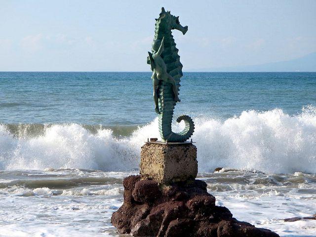Playas de Puerto Vallarta que debes conocer - http://revista.pricetravel.com.mx/lugares-turisticos-de-mexico/2015/12/04/playas-de-puerto-vallarta-debes-conocer/