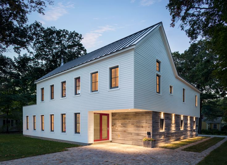 NOTE The Modern Farmhouse Replaces A Modest Colonial