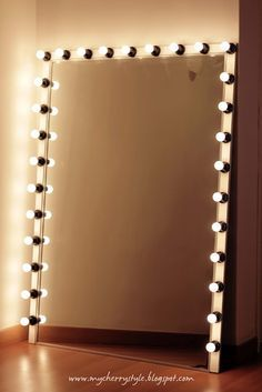 my cherry style: DIY Hollywood-style mirror with lights! Tutorial from scratch. for real. #DIY-Crafts