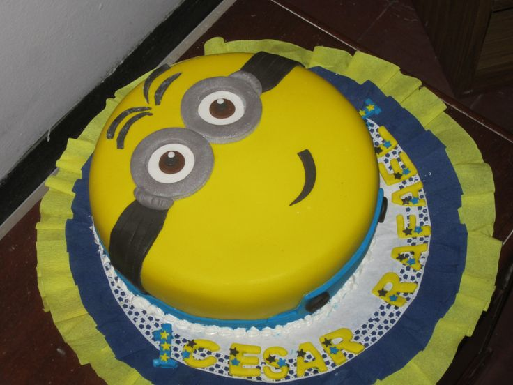 Minnions Cake /  Creaciones Reina Sofia Ciudad Ojeda Zulia Venezuela