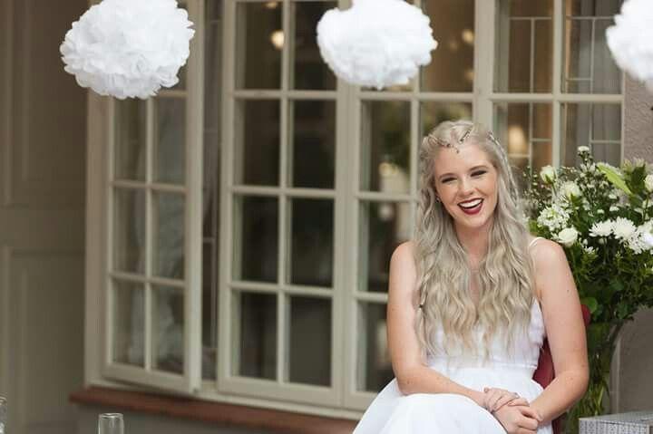 #silver #hair #bride #wedding #garden
