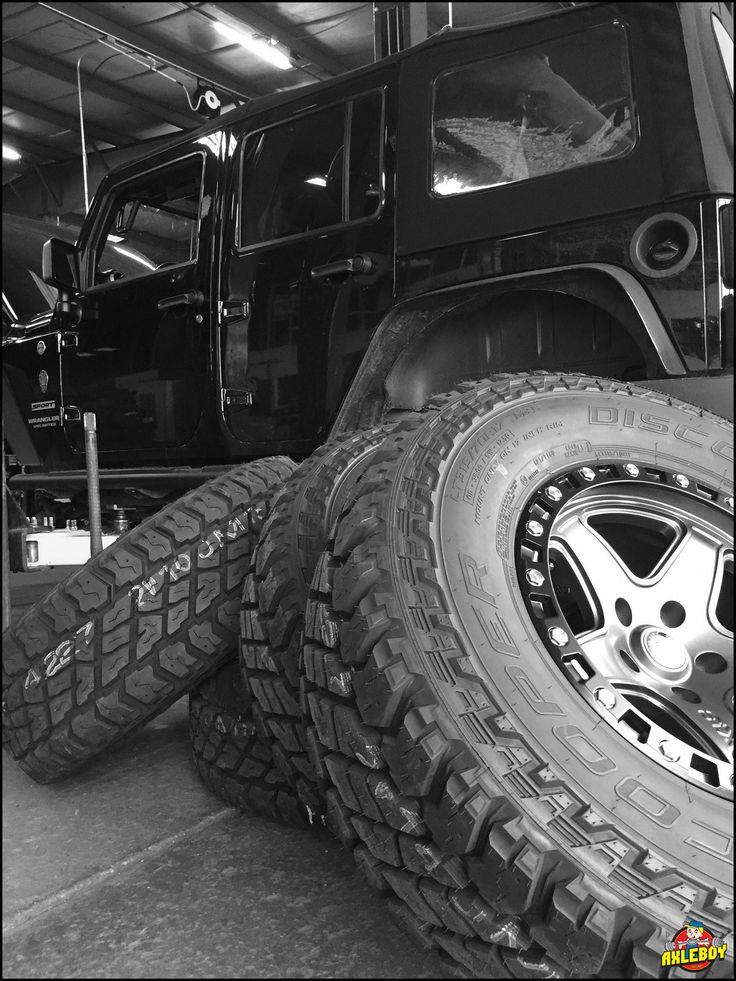"Monday afternoon and we're already ""tired"", LOL. 315/70R17 Cooper ST Maxx tires going under a 2013 Wrangler after we regear to a 4.56 gear ratio. ____________________________________________ #Axleboy #offroad #Jeep #Wrangler #lifted #jeepshop #missouri #ofallon #stl #Cooper #tires #jeeplife #jeepbeef #jeepthing #4x4 #4wd #monday #olllllllo"
