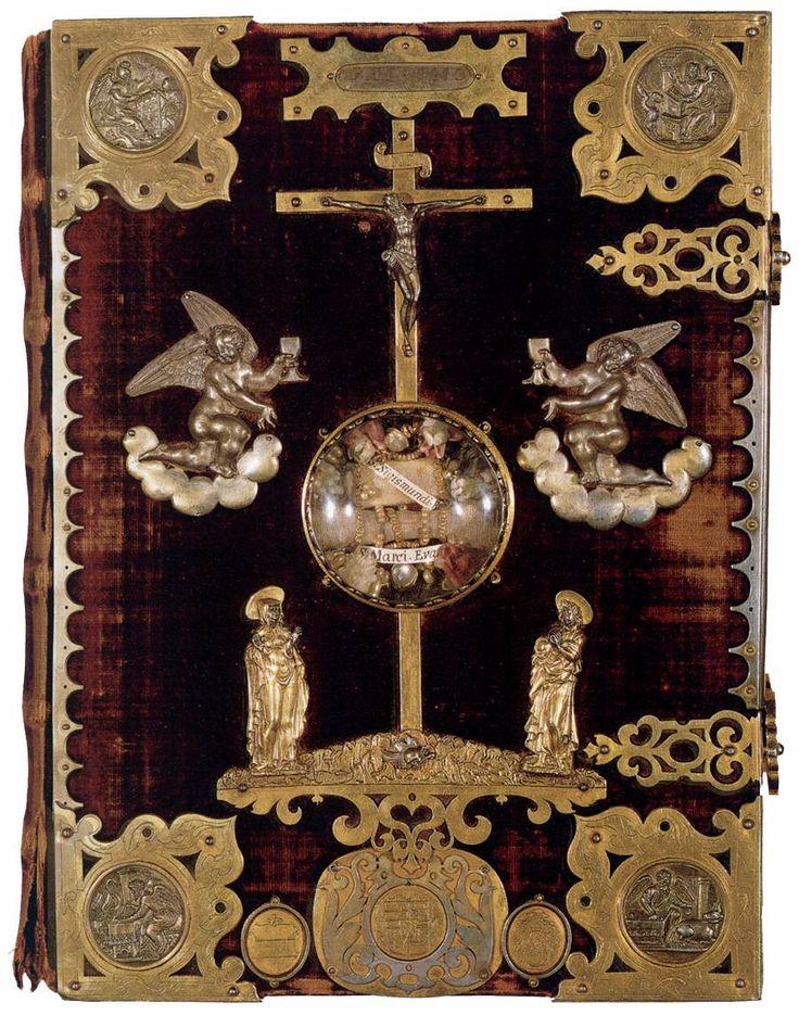 Cover of the Gospels of Henry the Lion  1594  Silverwork  Bayerische Staatsbibliothek, Munich