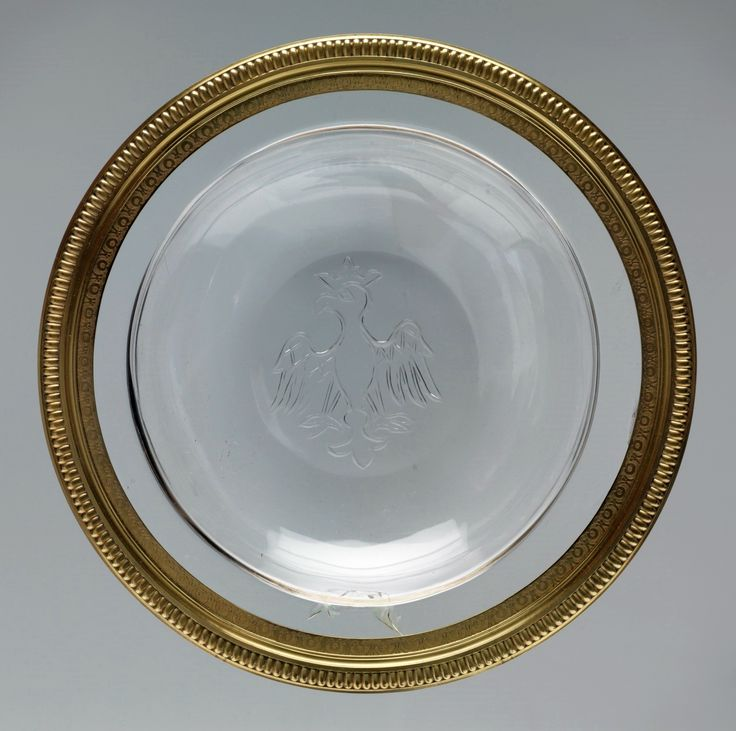 Crystal bowl with Polish Eagle from around 1380 in a silver gilt frame by Jean Royel, before 1689, Museo del Prado, most probably from the treasury of the Polish monarchs appropriated by the Vasas