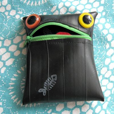This is so rad... found this little coin purse by chance.