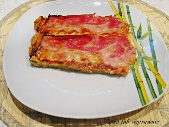 Na słodko lub wytrawnie: Zapiekany omlet z pomidorami na kruchym cieście