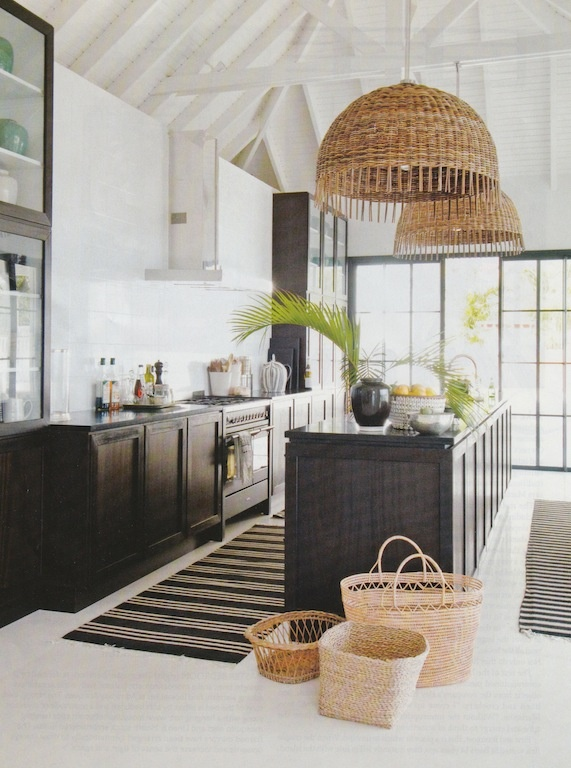 scandinavian basic with a touch of tropical Ibiza