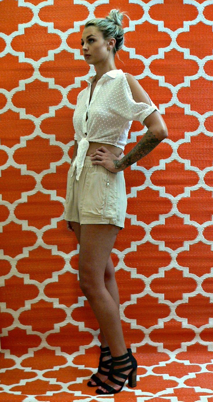 www.courtandspark.com.au shorts, blouse, crop, white, beige