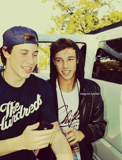 Shawn and cameron! Oh lawwd it's hot