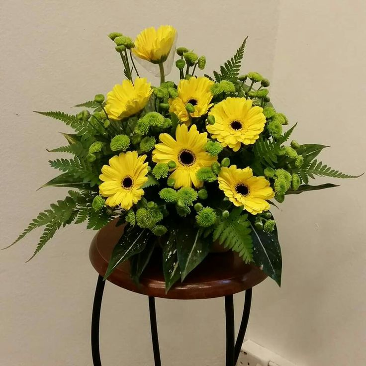 Pulpit Flowers Altar: 17 Best Images About EMCLC☆ Church Altar Flower