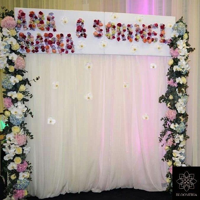 #anamariasisorinel #child #party #bloom #bloomeria #arcade #with #flowers #white #phalaenopsis #hortensia #roses #ranunculus #color #floricolorate #thenameofthebabes🌹🌻🌼🌺🌸🌷#pinkandblueparty💙💟 bloomeria.ro