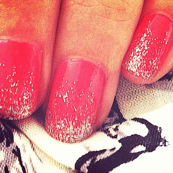 Covert Styling: Nail Trending - coral and snowflake glitter tip nails. #pretty #nails #nailart #art #photooftheday #gorgeous #coral #covert #style #beauty