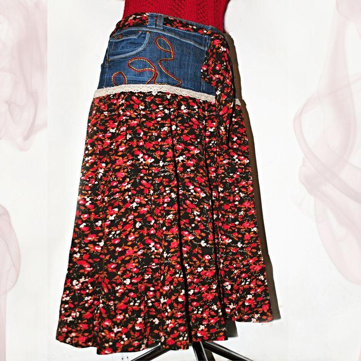 """VINTAGE V ČERNÉ """"NADMĚRKA"""" SUKNĚ XXXL A VĚTŠÍ !!!! JEŠTĚ BUDOU TEPLÉ LETNÍ DNY !!!! VINTAGE MAXINA - KANÝROVÁ MAXI SUKNĚ HIPPIES & RETRO STYLE Ojedinělá, stylová, originální, krásná a vzdušná retro maxi-sukně ke kotníkům se třemi kanýry. Sukni jsem kompletně navrhla a ušila z džínového základu zn: JANINA DENIM velmi pěkného střihu a retro 100% polyesteru v ..."""