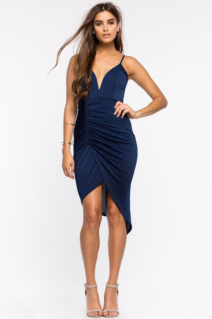Платье Размеры: S, M, L Цвет: темно-синий, малиновый Цена: 2033 руб.   #одежда #женщинам #платья #коопт