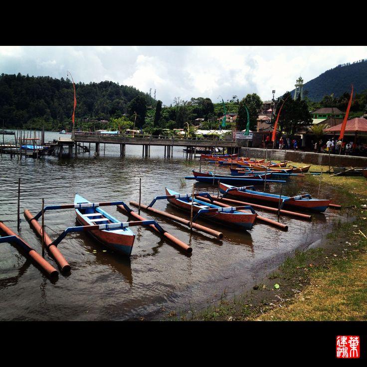 Boat @ Bedugul, Mountain Lake Resort Area