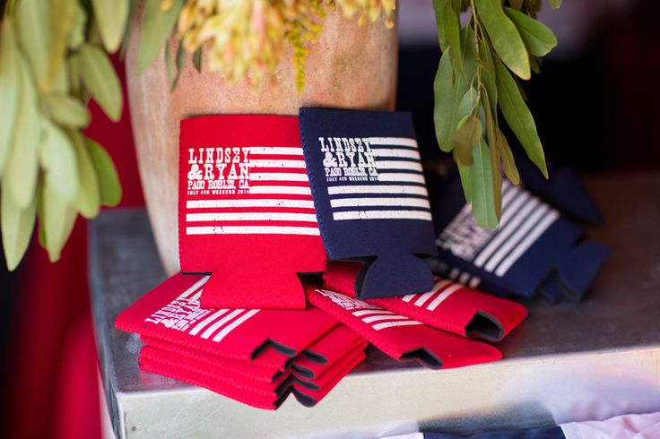 American Flag Beer Koozie  Photography: Elisabeth Millay Photography Read More: http://www.insideweddings.com/weddings/fourth-of-july-pre-wedding-party-in-central-california-countryside/655/