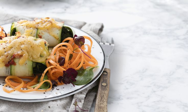 Lekker eten én ook wat kilo's kwijtraken? The Foodsisters laten zien dat je ook kunt afvallen door anders te eten, in plaats van heel erg weinig.