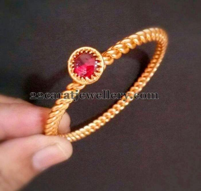 Jewellery Designs: Available 1 Gram Gold Kada Designs