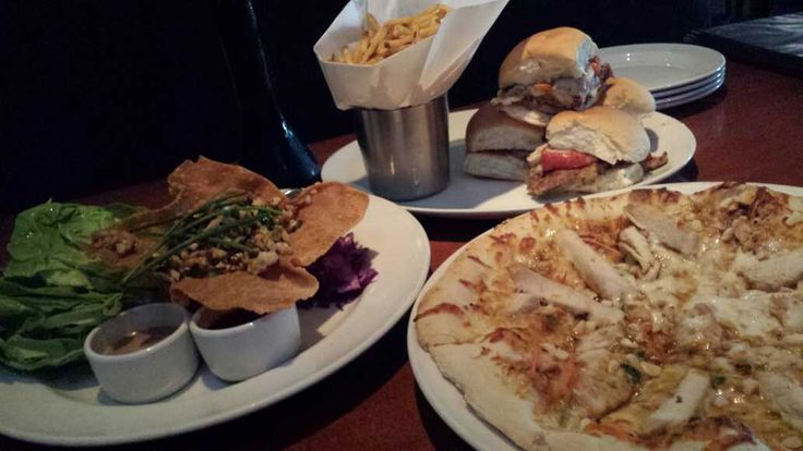 #Gotmilk? @CinfullySimple #Happyhour again? My life doesn't suck! Best happy hour food! @YardHouse @16thStreetMall w/#Doubleportions #Playwithyourfood