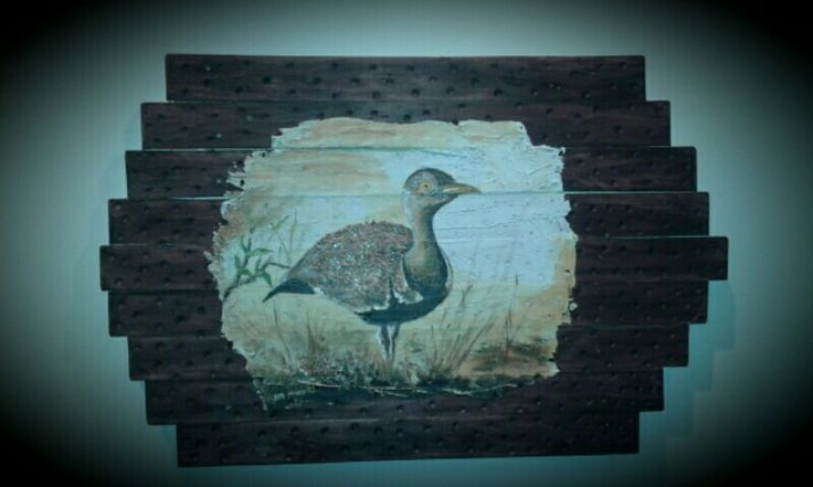 BIRD,Mixed media on a pallet