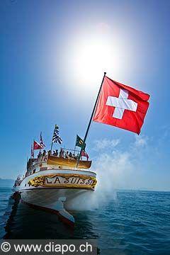 13033 - Photo : Suisse - Bateau de la CGN La Suisse sur le Lac Léman: Photo