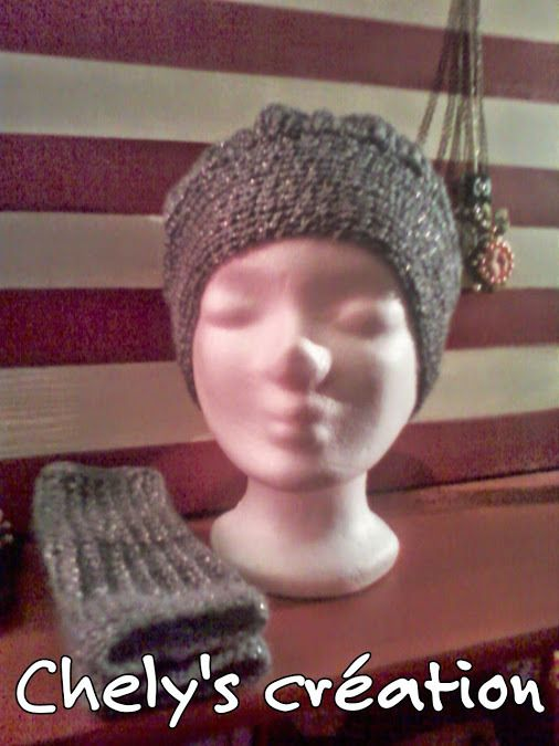 ensemble bonnet et mitaines au crochet fil à tricoter gris pailleté taille adulte : Echarpe, foulard, cravate par chely-s-creation